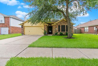 2209 Ames Street Pearland TX 77584