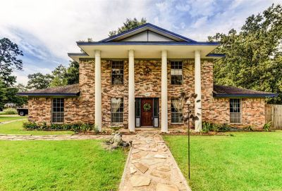1810 Roman Forest Boulevard New Caney TX 77357