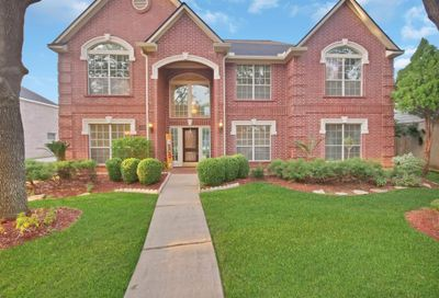 1307 Meadow Lakes Drive Sugar Land TX 77479