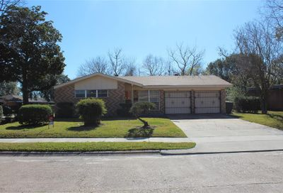 642 Feamster Drive Houston TX 77022