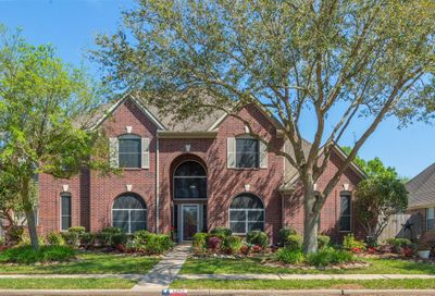 1203 Eagle Lakes Drive Friendswood TX 77546