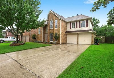 1216 Chesterwood Drive Pearland TX 77581