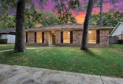 7215 Deep Forest Drive Houston TX 77088
