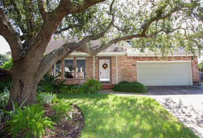 44 Lakeview Drive Galveston TX 77551