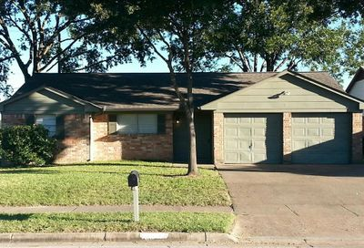 10538 Norton Drive Houston TX 77043