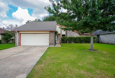 16815 Winnstream Lane Sugar Land TX 77498