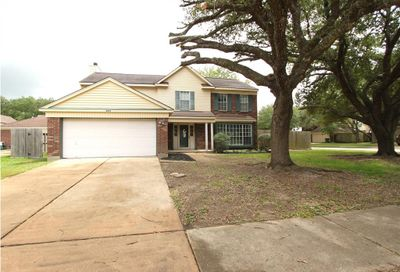 4009 Spring Branch Drive W Pearland TX 77584
