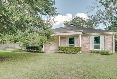 317 W Castle Harbour Drive Friendswood TX 77546