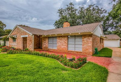 18318 Carriage Lane Houston TX 77058