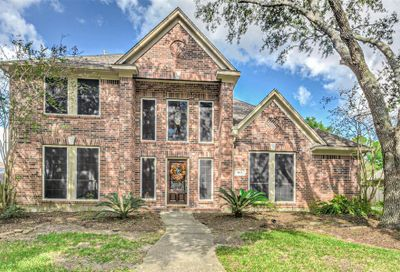 1815 Parkview Drive Friendswood TX 77546