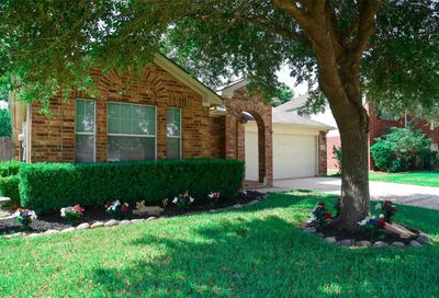 2204 Land Street Pearland TX 77584
