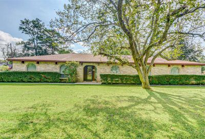 406 Clearview Avenue Friendswood TX 77546