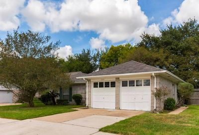 3105 Heritage Green Drive Pearland TX 77581