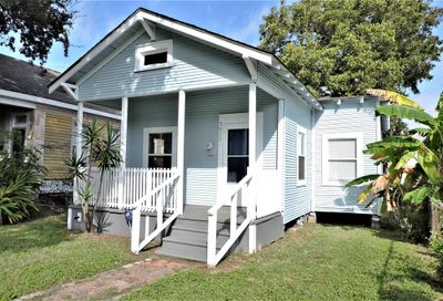 3612 Avenue N 1/2 Galveston TX 77550