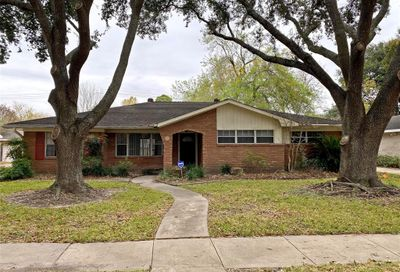 5458 Edith Street Houston TX 77096