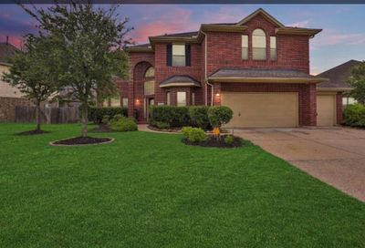 3101 West Trail Pearland TX 77584