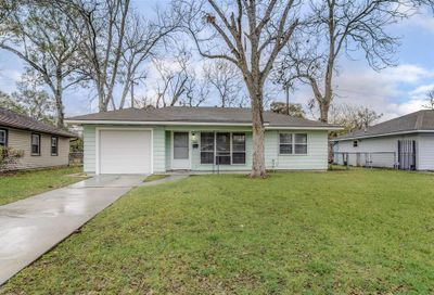 8634 Greiner Drive Houston TX 77080