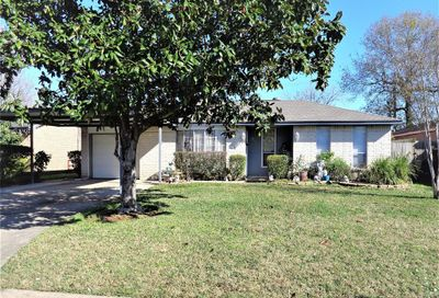 806 Ivyhollow Drive Channelview TX 77530