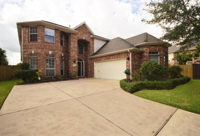 2811 Marble Brook Lane Pearland TX 77584