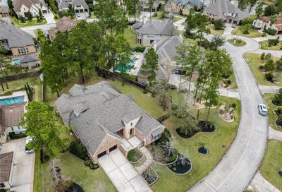 84 S Shimmering Aspen Circle The Woodlands TX 77389