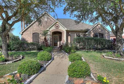 3303 Barberry Court Pearland TX 77581