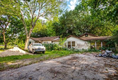 916 Woodland Street Channelview TX 77530