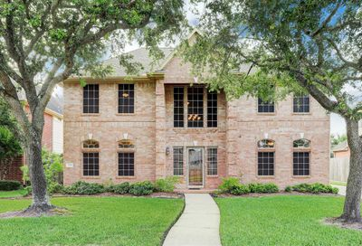 3708 Pine Tree Drive Pearland TX 77581