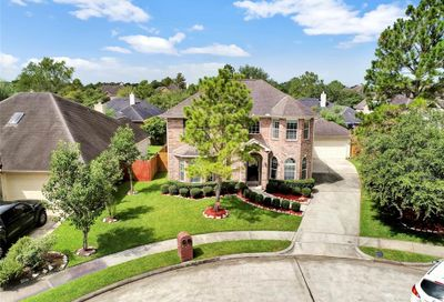 1206 Pine Field Ct Pearland TX 77581