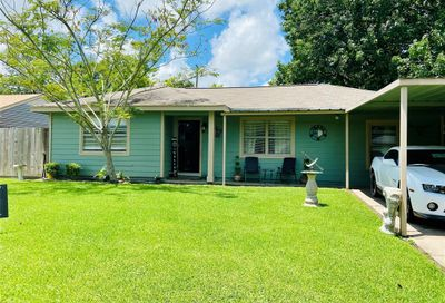 721 Woodhue Street Channelview TX 77530