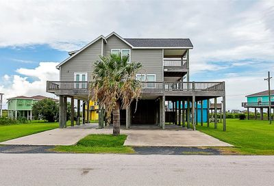 892 Melody Lane Crystal Beach TX 77650