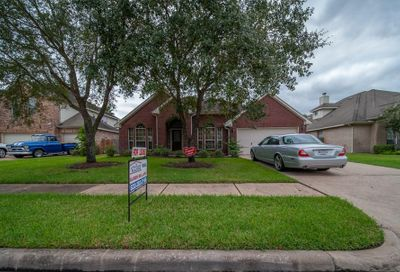 2312 Cape Landing Drive Pearland TX 77584