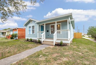 4102 Avenue M 1/2 Galveston TX 77550