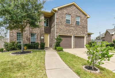 1802 Dry Willow Court Pearland TX 77089