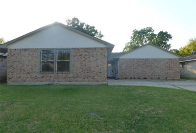 1527 Macclesby Lane Channelview TX 77530
