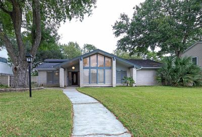 18611 Capetown Drive Houston TX 77058