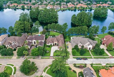 39 Manor Lake Estates Drive Spring TX 77379