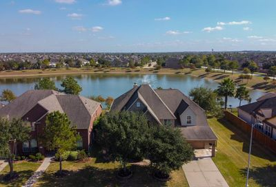 2421 Harbor Chase Drive Pearland TX 77584