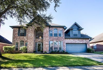 1804 Oak Cluster Circle Pearland TX 77581