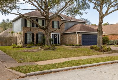 3923 Spring Crest Court Pearland TX 77584