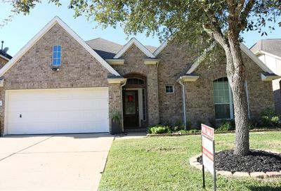 2208 Pearl Bay Court Pearland TX 77584