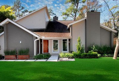 29 Falling Star Road The Woodlands TX 77381