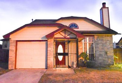 909 Macclesby Lane Channelview TX 77530