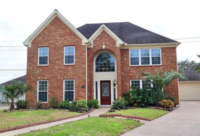 2114 Winged Foot Drive League City TX 77573