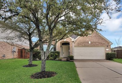 1813 Gable Stone Lane Pearland TX 77581