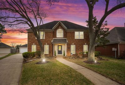 2113 Winged Foot Drive League City TX 77573