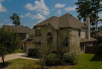 58 W Frontera Circle The Woodlands TX 77382