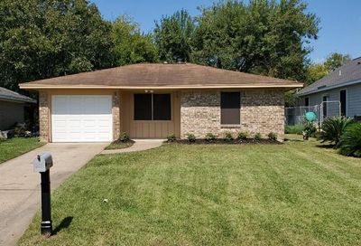 5928 Meadowbrook Drive Hitchcock TX 77563