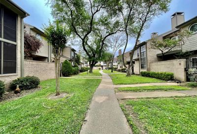 712 Country Place Unit D Houston TX 77079