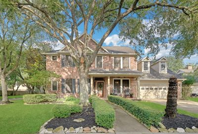 1210 Kingfisher Court N Pearland TX 77584