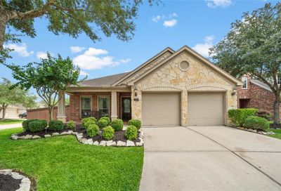 2801 Highland Lake Court Pearland TX 77584